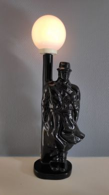 lampe détective en céramique noire et globe opaline blanche