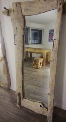 "Miroir à poser en chêne ""vieille porte de grange"""