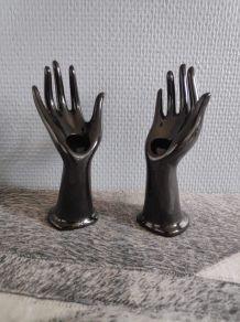 2 petits soliflores mains en céramique noires