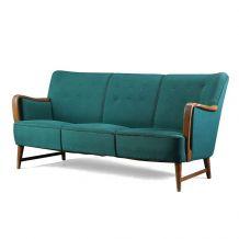 Canapé trois places Kurt Olsen avec un cadre en hêtre