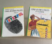2 romans Cinq Jeunes Filles
