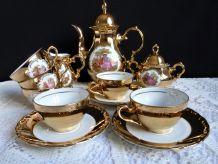 Service à café/moka 15 pièces porcelaine de Bavière  or.