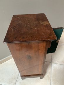 Table de chevet ancienne