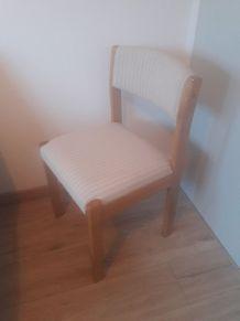 Jolie chaise baumann