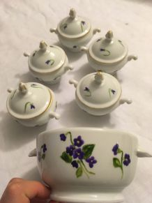 Pots à crème et bol en porcelaine blanche décorés main