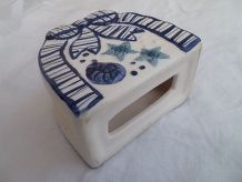 porte serviettes de table en faience