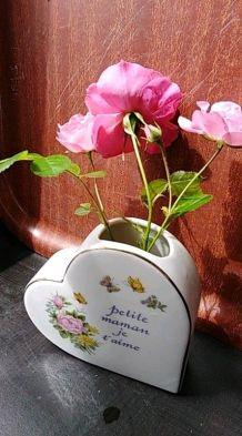 """Vase en forme de coeur """"Petite maman je t'aime"""""""