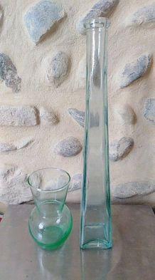 Vases en verre transparent