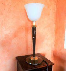 Jolie lampe Mazda style art-déco tulipe opaline années 60