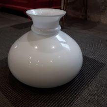 Globe en Opaline blanc