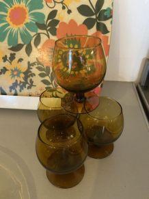 4 verres cognac ambrés année 70