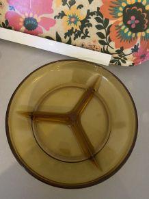 Plat 3 compartiments verre ambré année 70