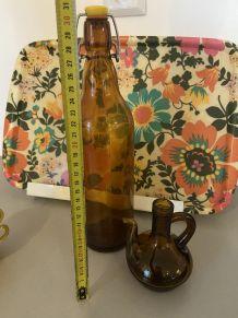 Carafe à huile en verre ambré année 70