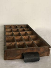 Casier d'imprimerie, tiroir d'atelier (Modèle 1)