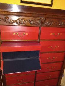 Cartonnier en chêne 16 boîtes rouge