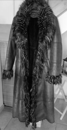 manteau femme taille 44  neuf