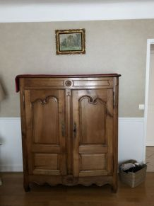 Armoire style Louis XV campagnarde