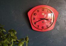 """Horloge vintage, pendule murale """"Jura Rouge"""""""