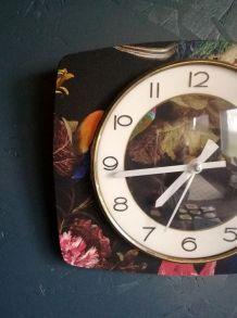 "Horloge vintage, pendule murale ""Bayard Paon"""