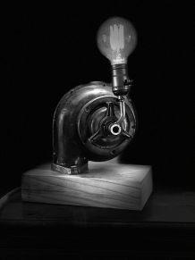 Lampe type industriel