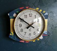 """Horloge vintage, pendule murale """"Japy Multicolore"""""""
