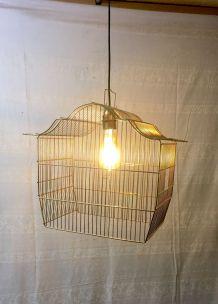 Suspension cage à oiseau doré