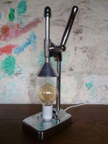 LAMPE - PRESSE AGRUMES