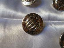 4 boutons Céline