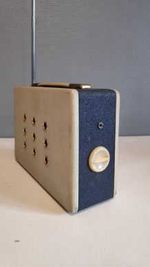 ancienne radio Océanic modèle Croisière bleu et blanc