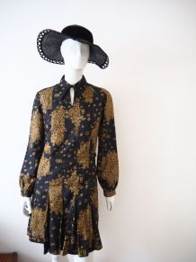 Robe plissée col pelle à tarte soie vintage 70's