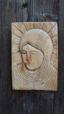 vierge sur bois