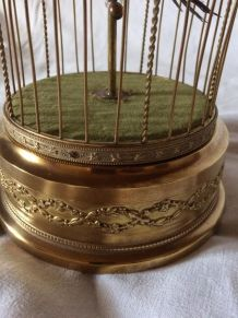 ancienne cage à oiseau siffleur