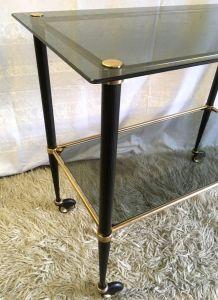 Table d'appoint laiton et verre fumé – années 60