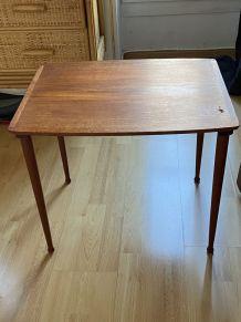 Table gigogne danoise