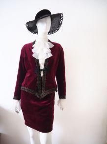 Ensemble tailleur baroque en velours bordeaux 70's 80's
