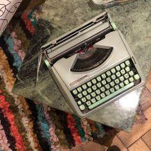 Machine à écrire vintage Hermès Baby