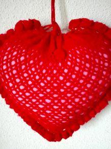 Coussin cœur rouge en crochet - Années 70