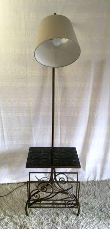 Lampadaire en métal patiné – années 50/60