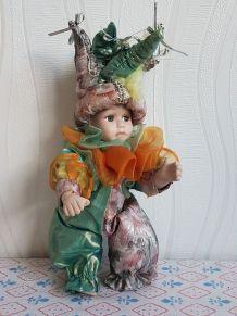 ancienne poupée arlequin