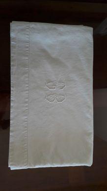 Drap ancien Monogramme GB en coton blanc