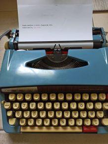 Machine à écrire 1973 Nogamatic500 + pochette de rangement