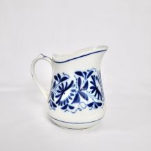 pichet à eau en porcelaine de Bayeux