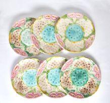 5 assiettes colorées + 1 fêlée