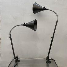 LOT 2 ANCIENNES LAMPES INDUSTRIELLES APPLIQUES KI E KLAIR
