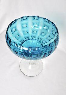coupe en verre bleue
