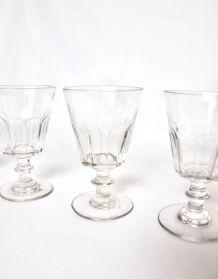 4 verres à pied 1900