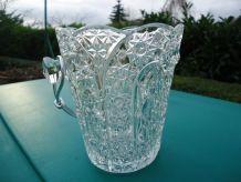 Seau à glaçons Cristal d'arc  ciselé 1965