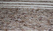 Tapis  fait main en laine marron rayures en blanc