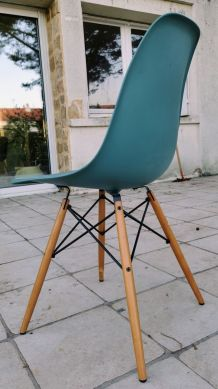 Chaise DSW Vitra