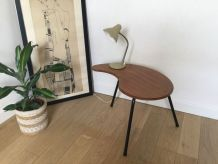 Table tripode «haricot»